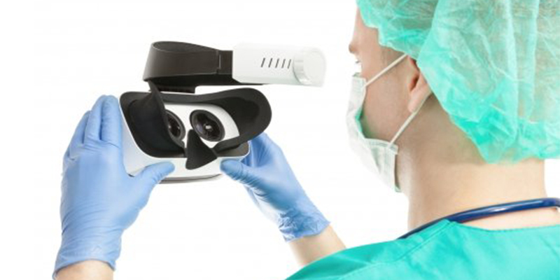 Augmented Reality and Virtual Reality in Healthcare